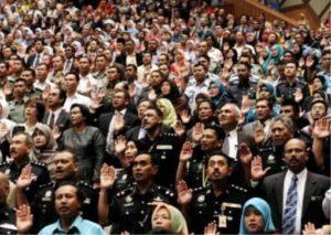 civil-servant-malaysia1